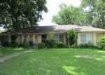 Foreclosed Home en BRIARMEADOW DR, Longview, TX - 75604