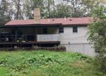 Foreclosed Home en CHURCH VIEW DR, Stroudsburg, PA - 18360