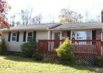Foreclosed Home en BROOKVIEW AVE, Wallingford, CT - 06492