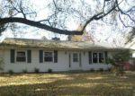 Foreclosed Home en SHAMROCK DR, Niles, MI - 49120