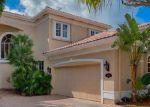 Foreclosed Home en 194TH TRL, North Miami Beach, FL - 33160