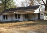 Foreclosed Home en RUSSELLVILLE RD, Malvern, AR - 72104
