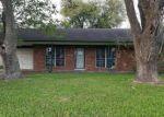 Foreclosed Home en BELLFORT ST, Houston, TX - 77033