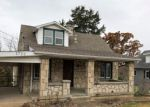 Foreclosed Home en BALD HILL RD, Jefferson City, MO - 65101