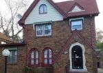 Foreclosed Home en NORMANDY ST, Detroit, MI - 48221