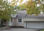 Foreclosed Home en EDWARDS AVE, Melrose Park, IL - 60164