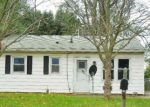 Foreclosed Home en N ADAMS ST, Lincoln, IL - 62656