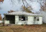 Foreclosed Home en E ELGIN ST, Broken Arrow, OK - 74012