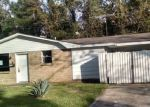 Foreclosed Home en WIEGAND DR, Westwego, LA - 70094