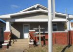 Foreclosed Home en E COLUMBIA ST, Evansville, IN - 47711
