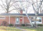 Foreclosed Home en NANCY ST, Livonia, MI - 48150