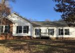 Foreclosed Home en MARSHALLGATE DR, Winston Salem, NC - 27105