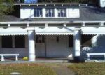Foreclosed Home en PEARL RIVER AVE, Mccomb, MS - 39648
