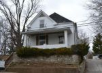 Foreclosed Home en BROADWAY, Jefferson City, MO - 65101