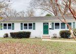 Foreclosed Home en MARLIN DR, Newport News, VA - 23602