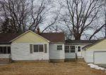 Foreclosed Home en E MACKINAC AVE, Oak Creek, WI - 53154