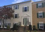 Foreclosed Home en CHAUCER LN, Woodbridge, VA - 22192