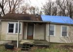 Foreclosed Home en RICHARDS RD, Zanesville, OH - 43701