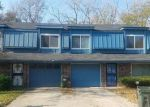 Foreclosed Home en MERRYWOOD CIR, Grandview, MO - 64030