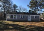 Foreclosed Home en BEACH RD, West Yarmouth, MA - 02673