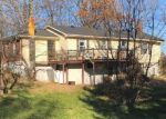 Foreclosed Home en LINCOLN PARK RD, Springfield, KY - 40069