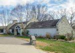Foreclosed Home en BRAID HILL DR, Winfield, KS - 67156