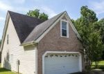 Foreclosed Home en WATER HOLE CT, Douglasville, GA - 30135
