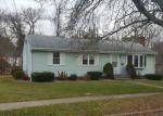 Foreclosed Home en WHITE DR, Hamden, CT - 06514