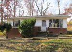 Foreclosed Home en LASALLE RD, Oak Ridge, TN - 37830