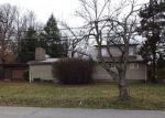 Foreclosed Home en HELMWOOD DR, Elizabethtown, KY - 42701