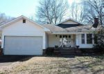 Foreclosed Home en PINE BLUFF ST, Malvern, AR - 72104