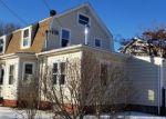 Foreclosed Home en SMITH ST, Riverside, RI - 02915