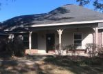 Foreclosed Home en CROSSLAND RD, Sumrall, MS - 39482