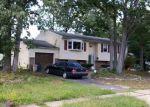 Foreclosed Home en MERRYMOUNT AVE N, Blackwood, NJ - 08012