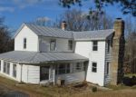 Foreclosed Home en PINE GROVE RD, Bluemont, VA - 20135