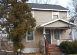 Foreclosed Home en NELSON AVE, Cleveland, OH - 44105