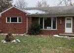 Foreclosed Home en MINTON CT, Livonia, MI - 48150