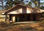 Foreclosed Home en SUBURBIA DR, Pine Bluff, AR - 71603
