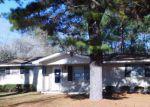 Foreclosed Home in N MCSWAIN DR, Vidalia, GA - 30474