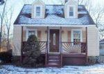 Foreclosed Home en E 53RD ST, Kansas City, MO - 64133