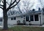 Foreclosed Home en HOMECREST RD, Battle Creek, MI - 49037
