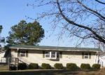 Foreclosed Home in CAPP SPRINGS RD, Benton, KY - 42025