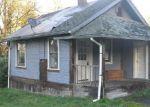 Foreclosed Home en E E ST, Rainier, OR - 97048