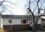 Foreclosed Home en S HAIRSTON ST, Eden, NC - 27288