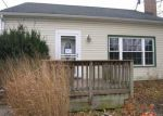 Foreclosed Home en COLUMBIA RD, North Olmsted, OH - 44070