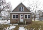 Foreclosed Home en N PLUM ST, Farmer City, IL - 61842
