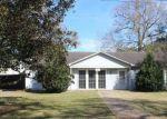 Foreclosed Home en N AVENUE B, Crowley, LA - 70526