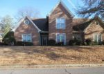 Foreclosed Home en CRYSTAL LAKE DR, Cordova, TN - 38016