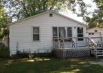 Foreclosed Home en CLYBORN ST, Dowagiac, MI - 49047