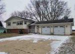 Foreclosed Home en E SUMMIT ST, Markesan, WI - 53946